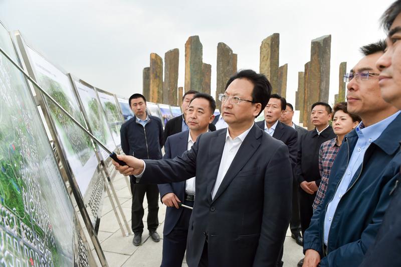 景俊海到长白山保护开发区调研时强调