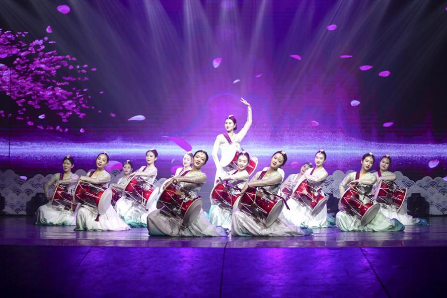 2020年安图县春节联欢晚会在县文化中心进行录制 01