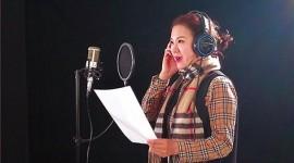 (缩略图)刘亚丽录制吉剧MV《为百姓坚守健康岗》